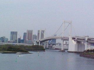 お台場側から見た橋